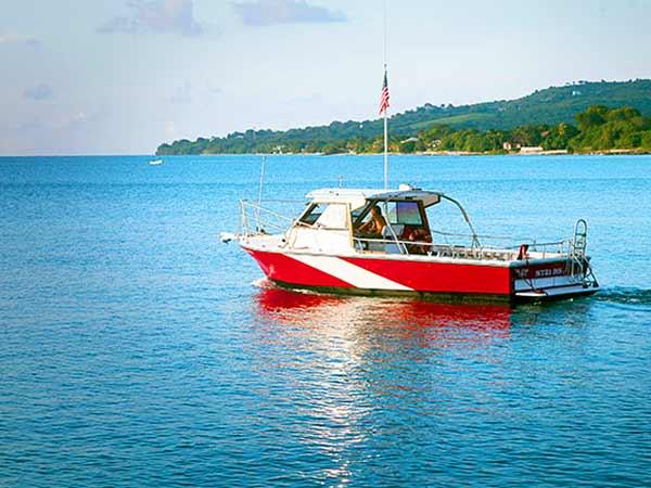 west shore St Croix scuba dive boat scuba dos